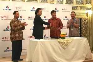 A research collaboration agreement between the MIT Energy Initiative (MITEI) and INALUM was announced at a supporting event of the International Monetary Fund and World Bank Group Annual Meeting in Bali, Indonesia. Pictured, left to right: Busines...
