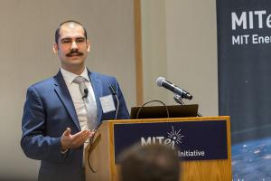 Emre Gençer discusses hydrogen at the MIT Energy Initiative's 2019 Spring Symposium.Photo: Kelley Travers